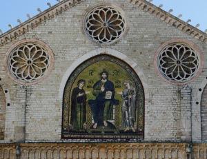 facciata romanica del duomo di Spoleto
